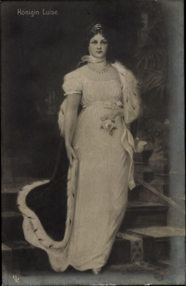 Künstler Ak Königin Luise von Mecklenburg Strelitz, Luise von Preußen, Standportrait, Liersch 745