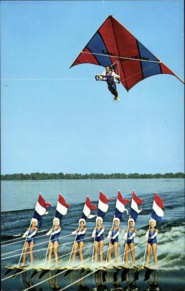 Ak Florida USA, Cypress Garden Water Skiers and kite, Wasserski, Drachenflieger