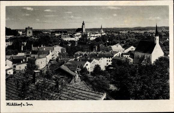 Ak Mühldorf am Inn Bayerisches Alpenvorland, Blick über die Dächer der Stadt