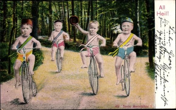 Ak All Heil, Kleinkinder auf Fahrrädern, Rauchend