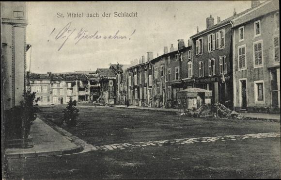 Ak St. Mihiel Lothringen Meuse, Kriegszerstörungen, Hausruinen, I. WK