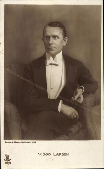 Ak Schauspieler Viggo Larsen, Portrait, Frack, RPH 152 3