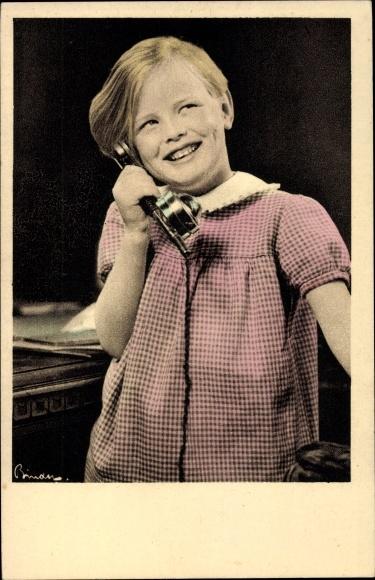 Ak Mädchen am Telefon, Telefonhörer