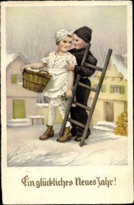Ak Glückwunsch Neujahr, Schornsteinfeger, Mädchen, Umarmung