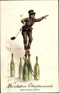 Ak Glückwunsch Neujahr, Schornsteinfeger balanciert auf Sektflaschen