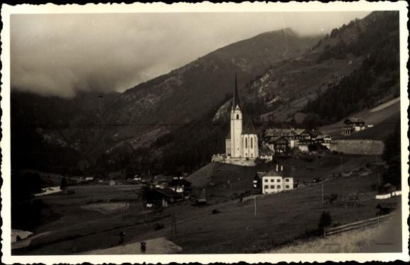 Foto Ak Heiligenblut am Großglockner in Kärnten, Panorama vom Ort