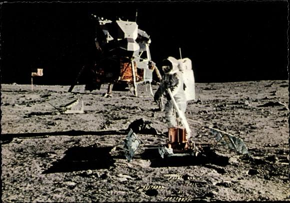 Ak US Astronaut Edwin Aldrin auf dem Mond, 21. Juli 1969, US Flagge, Landefähre