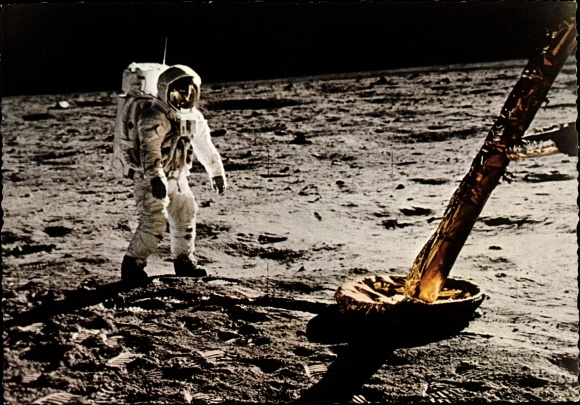 Ak US Astronaut Edwin Aldrin auf dem Mond, 21. Juli 1969, erste Gehversuche, Landefähre Eagle