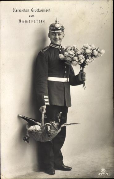 Ak Glückwunsch Namenstag, Soldat, Blumenstrauß, RPH 3471 4