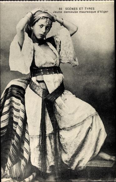 Ak Scenes et Types, Jeune danseuse mauresque d'Alger, Maghreb