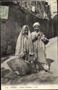 Ak Algier Alger Algerien, Cireur et Porteur, Portrait