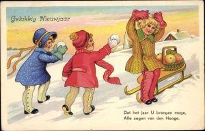 Ak Gelukkig nieuwjaar, Glückwunsch Neujahr, Schlitten, Mädchen, Schneeballschlacht