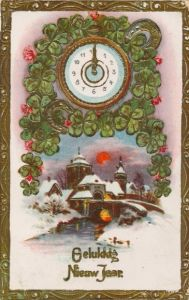 Präge Ak Gelukkig nieuwjaar, Glückwunsch Neujahr, Kleeblätter, Hufeisen, Uhr
