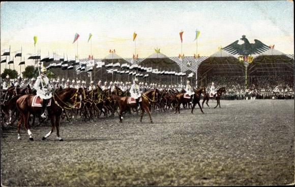 Ak Parade deutscher Soldaten, Reiter, Adler