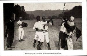 Ak Belustigungen deutscher soldaten hinter der Front