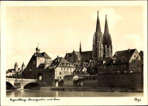 Ak Regensburg an der Donau Oberpfalz, Steinerne Brücke, Tor, Flusspartie, Dom, Häuser