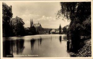 Ak Görlitz in der Lausitz, Neißepartie, Peterskirche, Teilansicht vom Ort