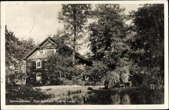 Ak Lehde Lübbenau im Spreewald, Haus zum fröhlichen Hecht, Kanalpartie, Gondelboot