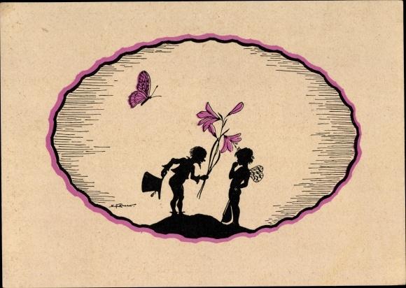 Scherenschnitt Künstler Ak Zwerg überreicht Elfe eine Blume, Schmetterling
