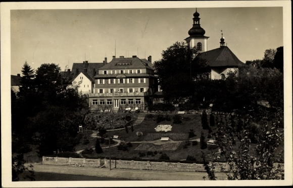 Foto Ak Rokytnice v Orlických horách Rokitnitz Adlergebirge Reg. Königgrätz, Kirche, Villa