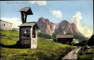 Ak Siusi allo Sciliar Seiss am Schlern Kastelruth Südtirol, Wegpartie im Grünen, Pilgerstelle, Berge