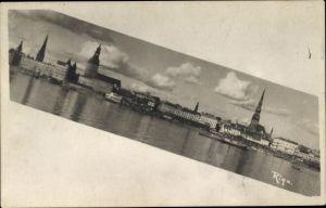 Ak Riga Lettland, Stadtpanorama, Petrikirche