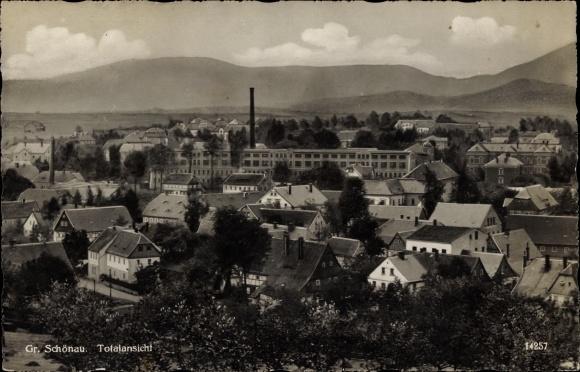 Ak Großschönau in Sachsen, Blick über die Dächer der Stadt, Fabrik