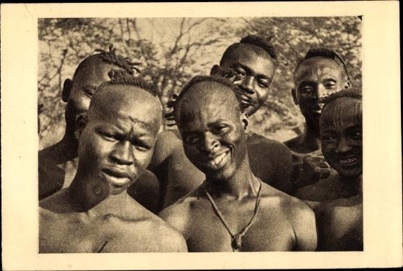 Ak Tchad Tschad, Types de Sara de Fort Archambault