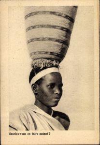 Ak Sauriez vous en faire autant, junge afrikanische Frau mit Korb auf dem Kopf