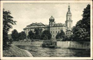 Ak Greiz in Thüringen, Fürstliches Residenzschloss, Uferpartie