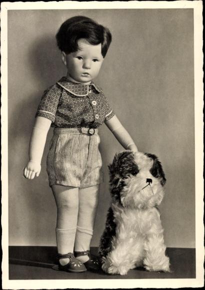 Ak Käthe Kruse Puppe, Hund, Plüschtier