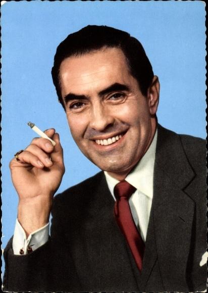 Ak Schauspieler Tyrone Power, Portrait, Zigarette