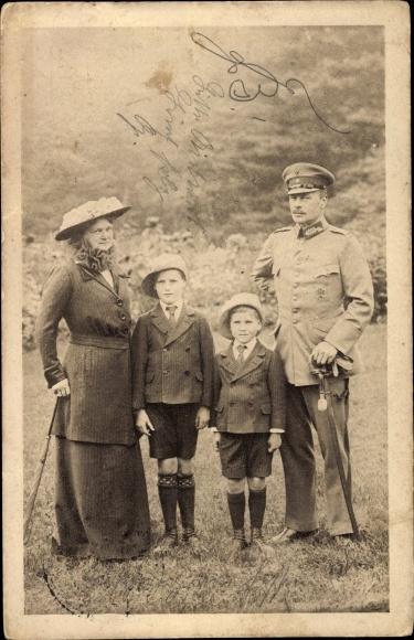 Ak Großherzog Ernst Ludwig von Hessen Darmstadt, Familie, Opfertag, Rotes Kreuz