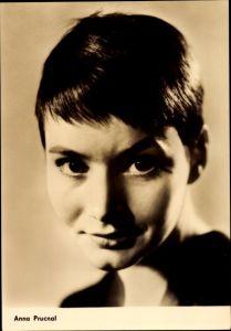 Ak Schauspielerin Anna Prucnal, Sonne und Schatten, Portrait