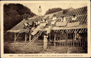 Ak Samkita Gabun, Construction d'une case
