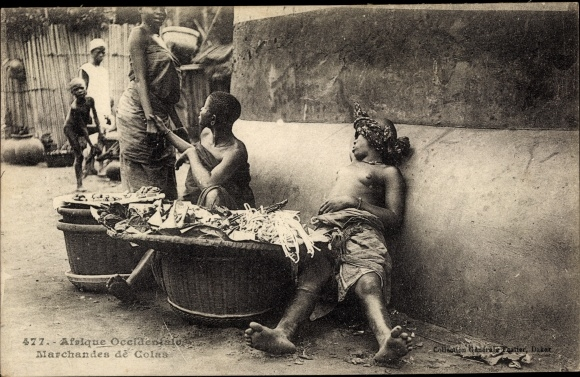 Ak Afrique Occidentale, Marchandes de Colas, AFrikanerinnen, Barbusig