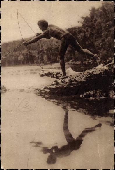 Ak Salomon Inseln Ozeanien, Missions Maristes d'Oceanie, Pêche à Larc aux Îles Salomon