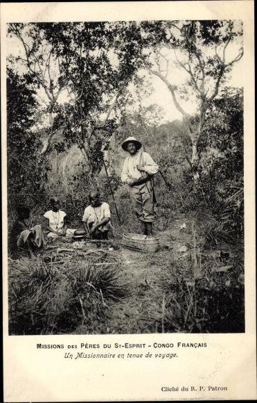 Ak Französisch Kongo, Un Missionaire en tenue de voyage, Missions des Pères du St. Esprit