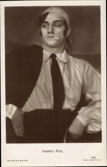 Ak Schauspieler Harry Piel, Portrait