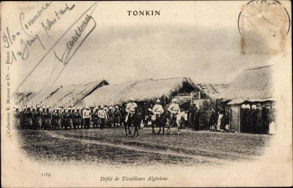 Ak Tonkin Vietnam, Défilé de Tirailleurs Algériens