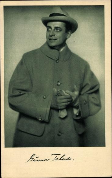 Ak Schauspieler Gunnar Tolnæs, Portrait, Hut, Mantel