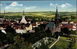 Ak Ostritz in der Oberlausitz, Panorama vom Ort, Kirche, Friedhof