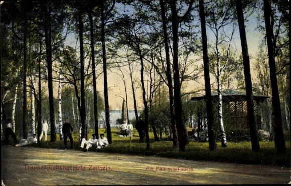 Ak Zeithain in Sachsen, Truppenübungsplatz, am Mannschaftspark, Straße, Rekruten