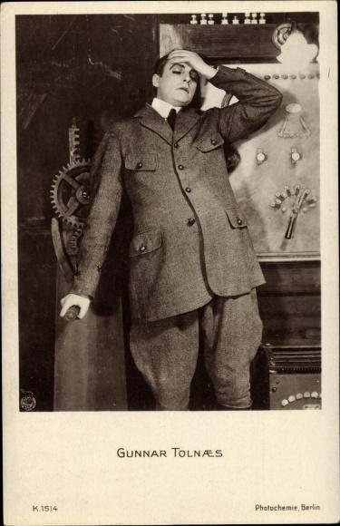 Ak Schauspieler Gunnar Tolnaes, Portrait, Filmszene, Maschine