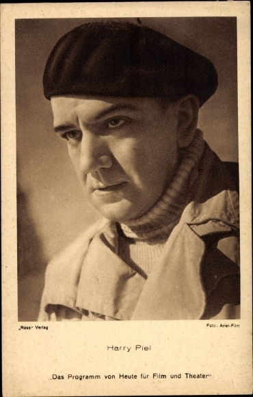 Ak Schauspieler Harry Piel, Portrait in Baskenmütze