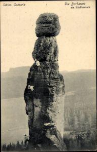 Ak Pfaffendorf Königstein an der Elbe Sächsische Schweiz, Barbarine am Pfaffenstein, Felsenkletterer
