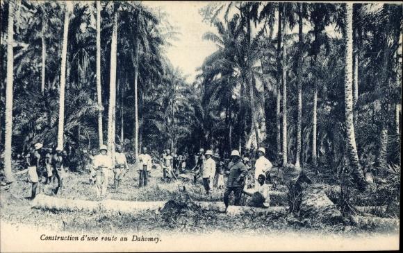 Ak Dahomey Benin, Construction d'une route