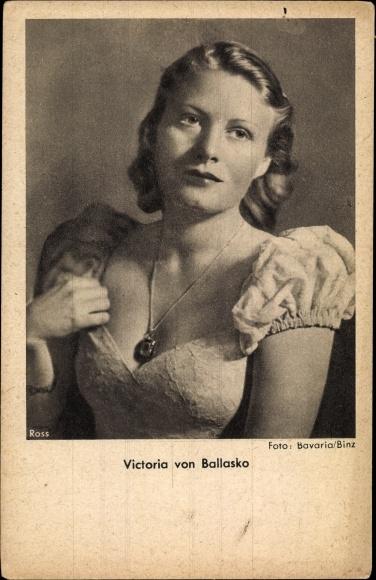 Ak Schauspielerin Victoria von Ballasko, Portrait, Ross Verlag