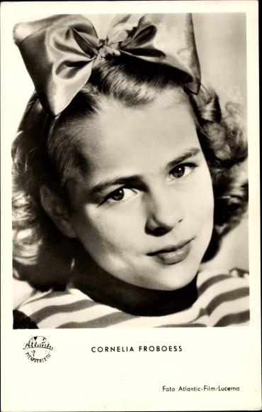 Ak Schauspielerin Cornelia Conny Froboess, Portrait 0