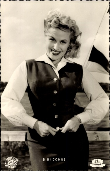 Ak Schauspielerin Bibi Johns, Portrait 0